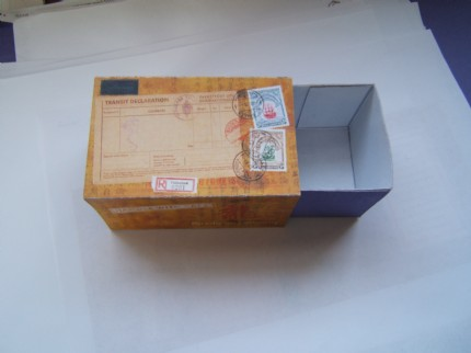AbbieX's Antique Mailing Box